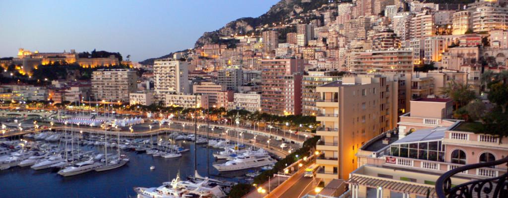 Genoa, Italian Riviera And Monaco Tour From Milan