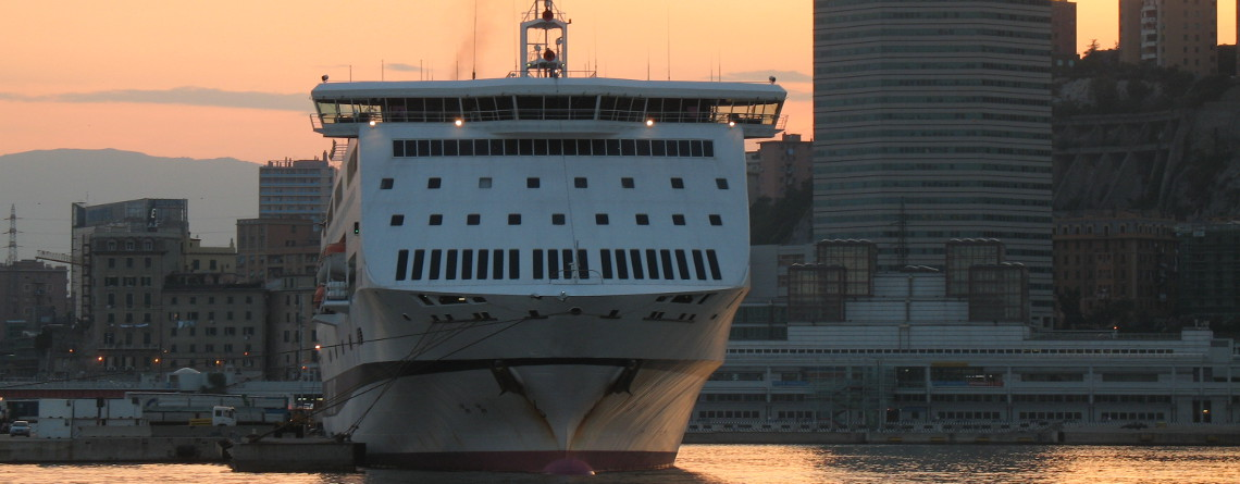 genoa-harbour-cruise-terminal